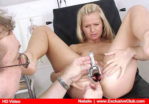 18 years old blonde Natalie bizarre gyno porn pictures