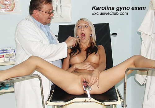 Foxy blondie sweetheart Karolina gyno examination